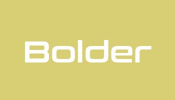 Typ 2 Bolder Kids Logo - Beispiel Stickerei auf Kindersitz aus Nappaleder